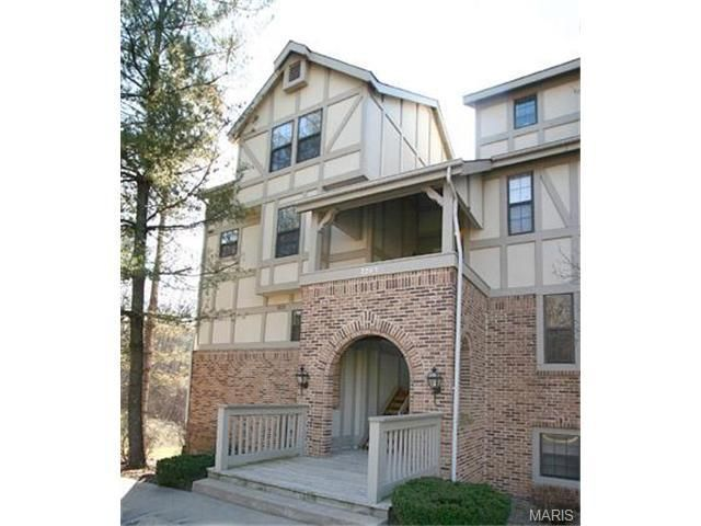 2201 Sequoia Park Ct Apt E Maryland Heights, MO 63043