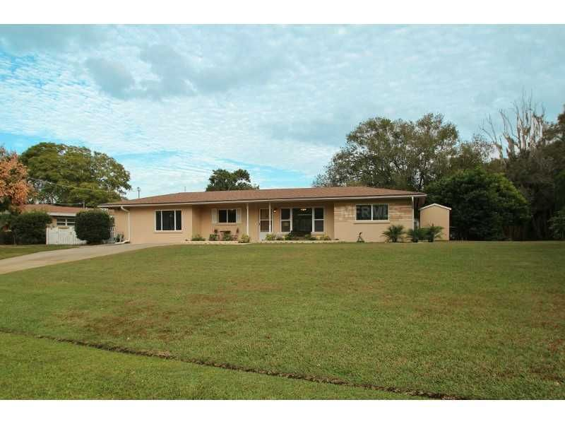 525 W Lake Dr Sarasota, FL 34232