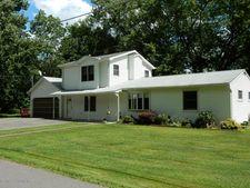 1206 Manorfield Ln, Stroudsburg, PA 18360