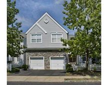 2104 Dahlia Cir, South Brunswick, NJ 08810