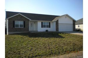 10095 Summerfield Dr, Rolla, MO 65401