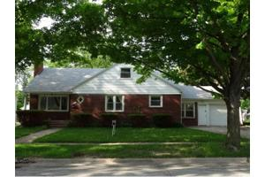 1751 Lost Ln, City of Green Bay, WI 54302