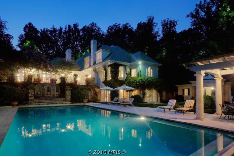10250 akhtamar dr great falls va 22066 for Mansiones con piscina