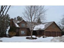2839 Bay Settlement Rd, Green Bay, WI 54311