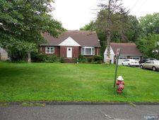 7 Meadow Ln, Norwood, NJ 07648