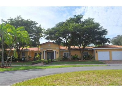 2412 Country, Coral Gables, FL