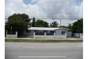 4810 SW 87th Ave, Miami, FL 33165