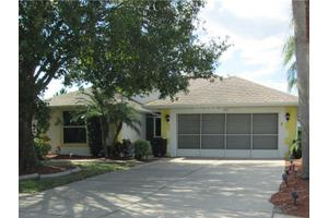 1510 Oracle Dr, Ruskin, FL 33573