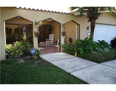 950 Quail Ave, Miami Springs, FL