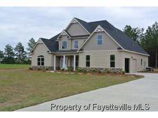 6048 Gallberry Farms Rd, Hope Mills, NC 28348
