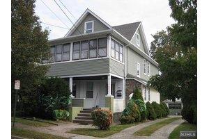 82 Cedar St, Garfield, NJ 07026