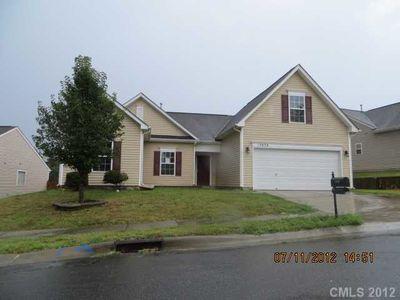 13838 Plowdon Ct, Charlotte, NC