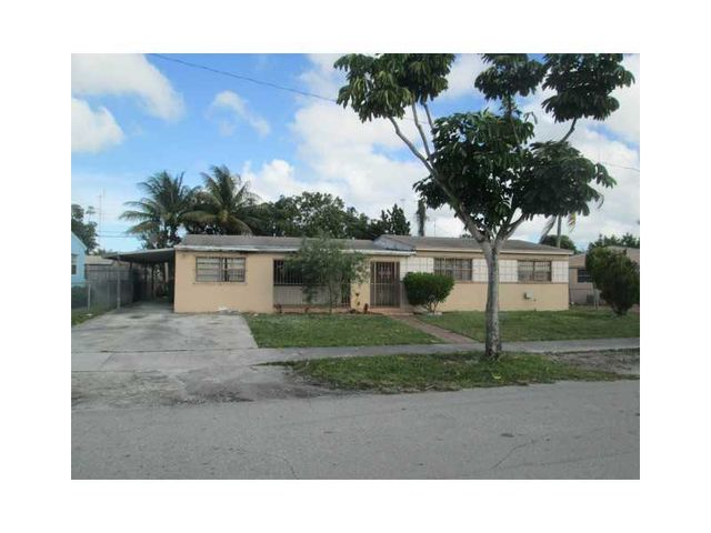 911 Nw 195th St Miami Fl 33169 Home For Sale And Real Estate Listing