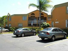 9741 Fontainebleau Blvd Unit H104, Miami, FL 33172