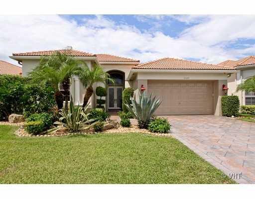 10529 Laurel Estates Ln, Wellington, FL