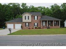 438 Abbottswood Dr, Fayetteville, NC 28301