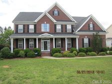 6812 Old Persimmon Dr, Mint Hill, NC 28227