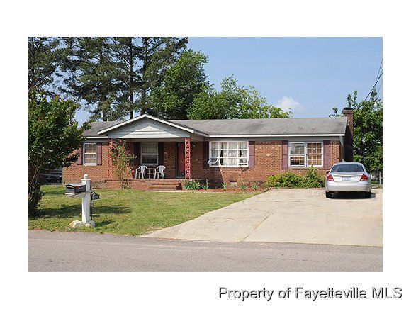 608 Clifford Ave, Fayetteville, NC