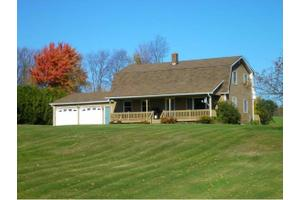 49 Meadow Ln # Cr, Troy, VT 05868