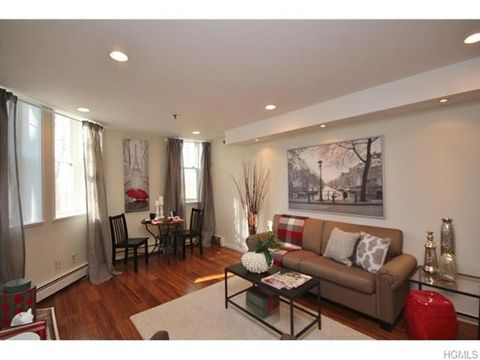 100 Clarewood Dr Apt 1 K, Hastings On Hudson, NY 10706