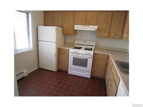 85 N Middletown Rd Apt E1, Nanuet, NY 10954